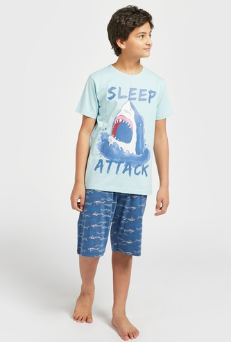 Graphic Print Short Sleeves T-shirt with All-Over Print Shorts Set
