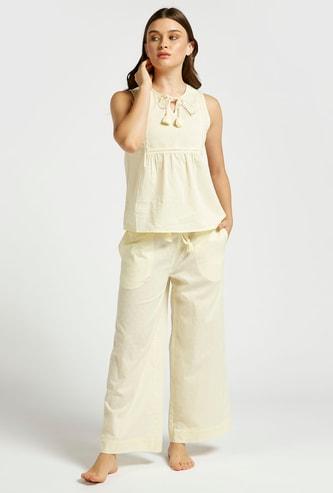 Textured Sleeveless Top and Pyjama Set