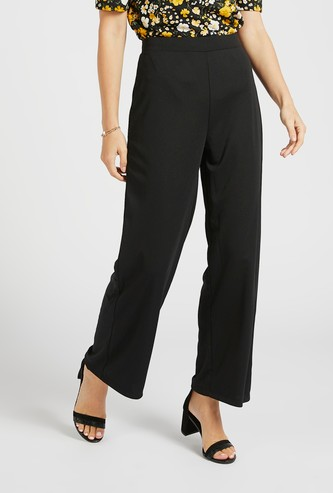 Solid Mid-Rise Palazzos with Pockets