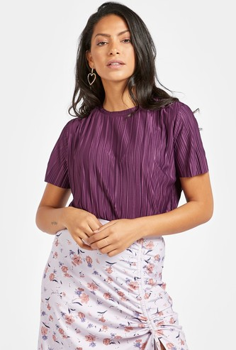 Crinkled Top with Round Neck and Short Sleeves