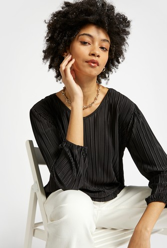 Textured V-neck Top with 3/4 Sleeves