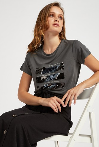 Sequin Detail T-shirt with Round Neck and Cap Sleeves