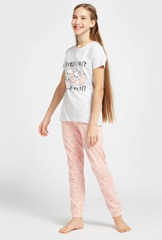 Printed Round Neck T-shirt and Full Length Jog Pants Set
