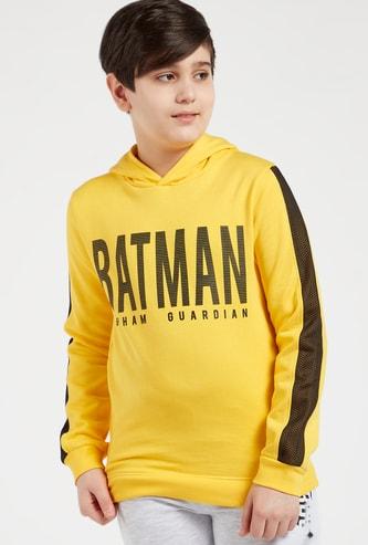 سويت شيرت بأكمام طويلة وقبعة وطبعات باتمان جرافيك