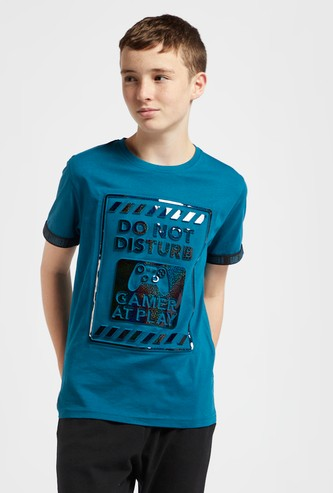 Slogan Embossed T-shirt with Crew Neck and Short Sleeves