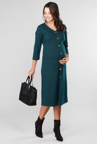 فستان للحوامل بياقة V ووصلة أزرار للزينة