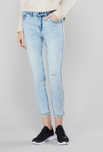 Distressed Capri Jeans with Pocket Detail and Belt Loops