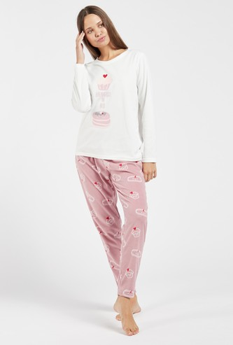 Graphic Print Long Sleeves T-shirt and Full Length Pyjama Set