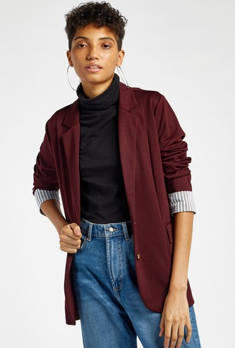 Solid Notch Lapel Blazer with Long Sleeves and Button Closure