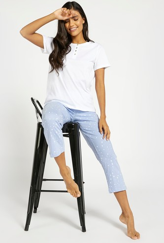 Solid Short Sleeves T-shirt and Cropped Pyjama Set