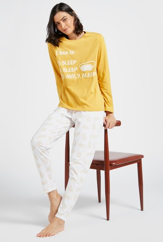 Set of 2 - Graphic Print T-shirt with Long Sleeves and All-Over Printed Pyjamas