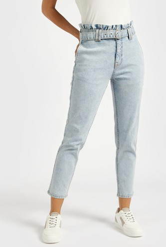 Solid Mom Fit Cropped Jeans with Ruched Waistband and Belt