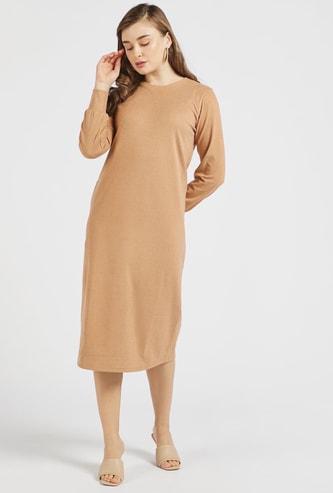 فستان ميدي واسع بارز الملمس بياقة مستديرة وأكمام طويلة