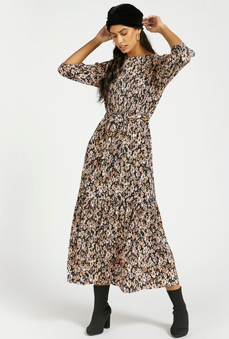 Floral Print Midi Tiered Dress with 3/4 Sleeves