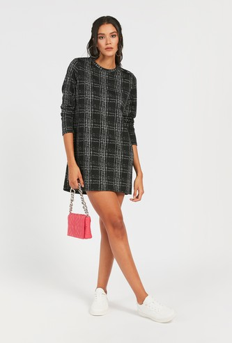 Chequered Knee Length Shift Dress with Long Sleeves