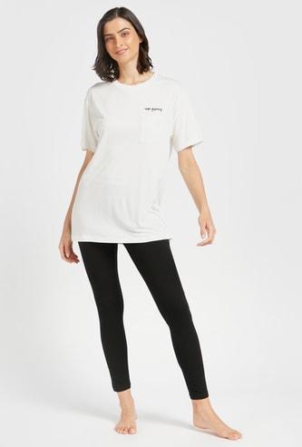 Set of 2 - Text Print T-shirt and Solid Pyjamas