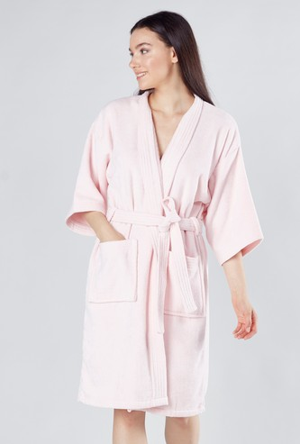 Plain Bathrobe with Tie Ups and Pockets