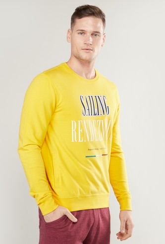 Text Printed Round Neck Sweatshirt with Long Sleeves
