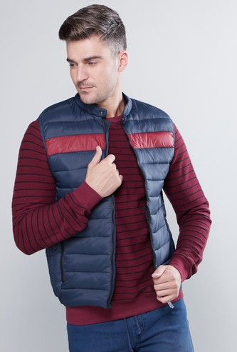 Sleeveless Puffer Jacket with Zip Closure and Pocket Detail