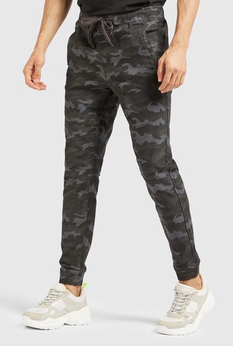 Camouflage Print Full Length Joggers with Drawstring Closure