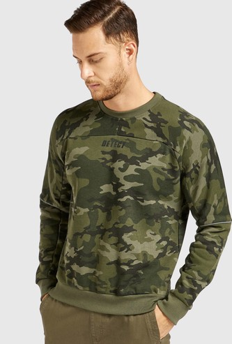 Slim Fit All-Over Camouflage Print Sweatshirt with Long Sleeves