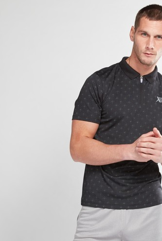 Printed Polo Neck T-Shirt with Short Sleeves and Zip Detail