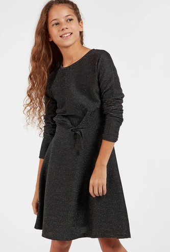 Textured Dress with Long Sleeves and Knot Detail