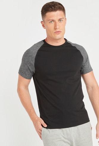 Round Neck T-shirt with Textured Raglan Sleeves