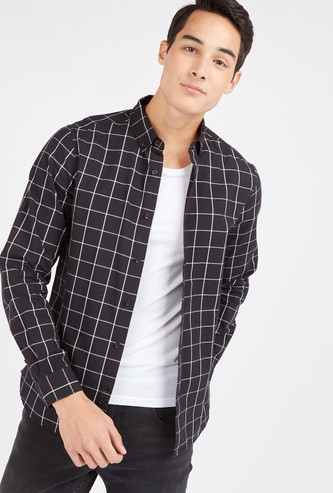 Slim Fit Checked Shirt with Button-Down Collar and Long Sleeves