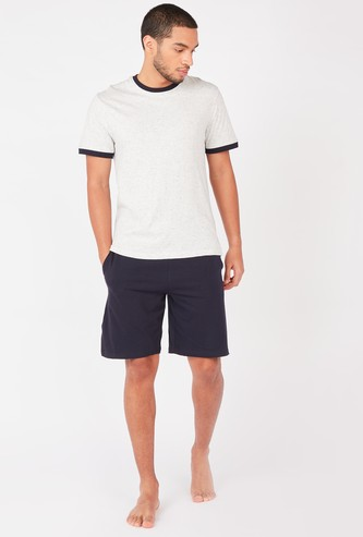 Printed Short Sleeves T-shirt with Pocket Detail Shorts