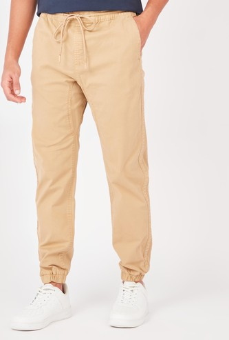 Textured Mid-Rise Jog Pants with Pocket Detail and Drawstring
