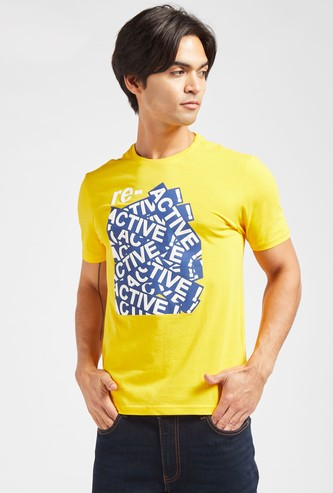 Slim Fit Graphic Print T-shirt with Round Neck and Short Sleeves