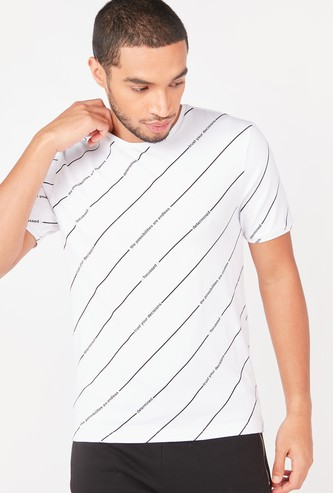 Slim Fit All-Over Print T-shirt with Round Neck and Short Sleeves