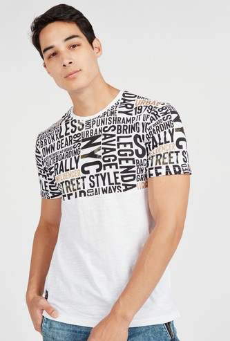 Slim Fit Typography Print T-shirt with Round Neck and Short Sleeves