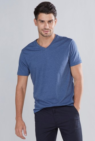 Textured V-neck T-shirt with Short Sleeves