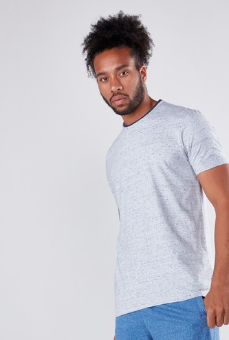 Tipped Round Neck T-Shirt with Short Sleeves