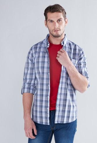 قميص كاروهات بأكمام طويلة وياقة بأزرار
