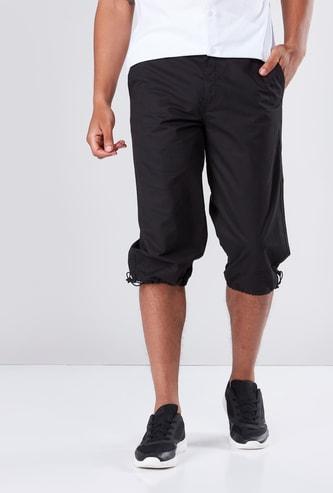 Pocket Detail Capris in Regular Fit with Drawstring Hem