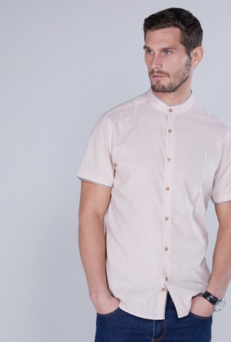 Mandarin Collar Shirt in Regular Fit with Short Sleeves