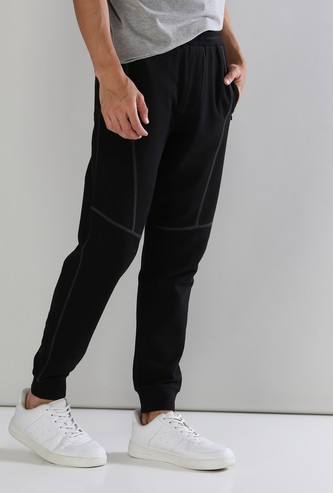 Pocket Detail Full Length Mid Waist Jog Pants in Slim Fit