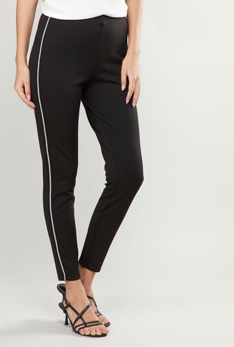 Solid Mid-Rise Treggings with Tape Detail