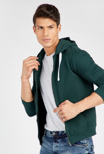 Solid Anti-Pilling Hoodie with Zip Closure and Long Sleeves
