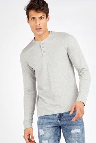 Solid Henley T-shirt with Long Sleeves