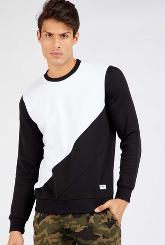 Textured Colour Block Round Neck Sweatshirt with Long Sleeves