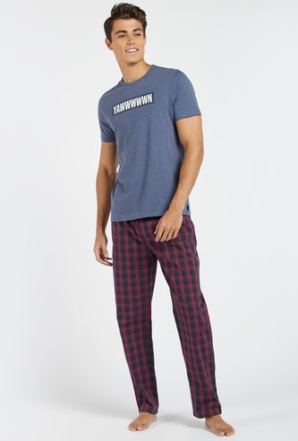 Printed Short Sleeves T-shirt and Chequered Pyjama Set