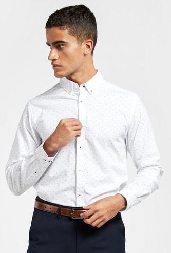 قميص أكسفورد بطبعات بالكامل وأكمام طويلة ووصلة أزرار كاملة