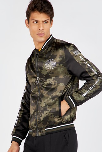 Camouflage Print Bomber Jacket with Zip Closure
