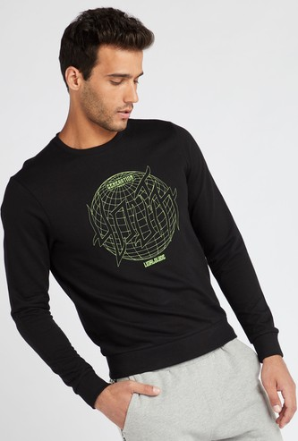 Embroidered Slim Fit Round Neck Sweatshirt with Long Sleeves