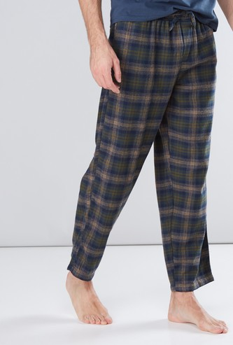 Chequered Pyjamas with Drawstring and Pocket Detail