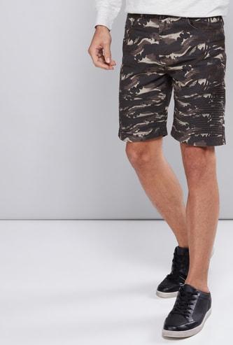 Printed Shorts with Pocket Detail